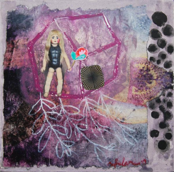 poupée, collage, peinture, assemblage